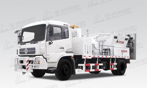北方交通KFM5143TYHRQ热墙式道路养护车