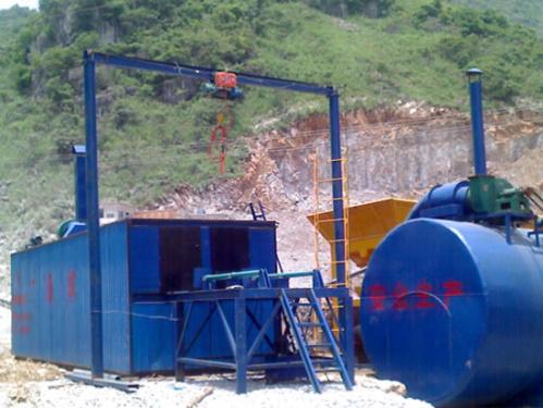 广通ZLT-4吨型沥青脱桶融化设备(油缸推进式)