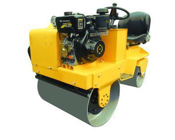 全工900座驾式压路机小型压路机