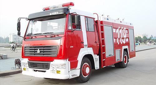 湖北合力斯太尔单桥泡沫消防车
