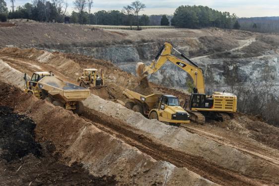 卡特彼勒374F L液压挖掘机