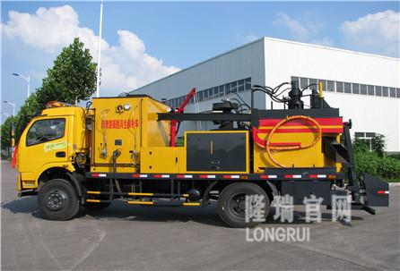 隆瑞机械LYL5112TXB沥青路面热再生修补车