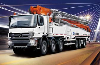 中联重科80-7RZ碳纤维臂架泵车高清图 - 外观