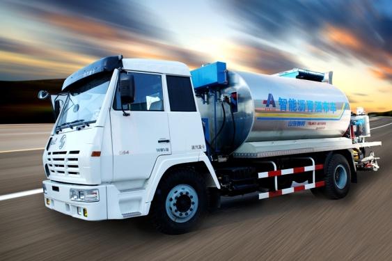 山东奥邦ZJV5110GLQ型5吨智能沥青洒布车
