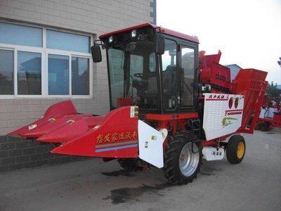 沃丰机械4YZB-3玉米收获机