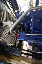 【冷却系统】先进的冷却系统1、卡特彼勒技术冷却系统,高效、可靠2、水温、油温,实现最佳热平衡,并使各部件处于最佳作业温度