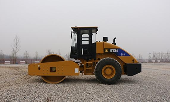 山工SEM518单钢轮压路机