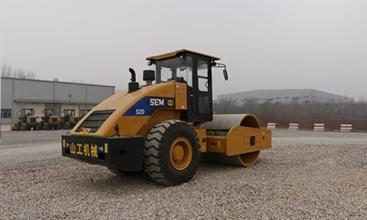 山工SEM520单钢轮压路机高清图 - 外观