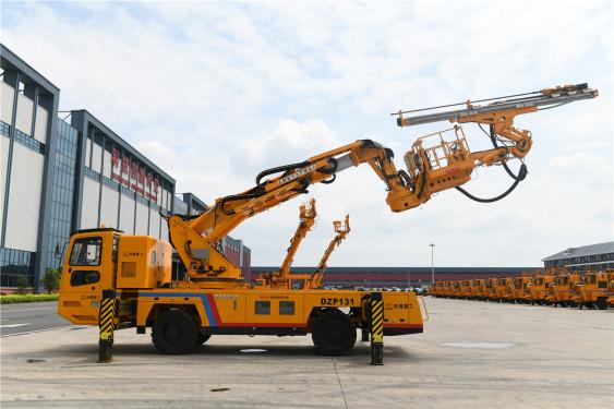铁建重工YZP131隧道多工序作业平台车