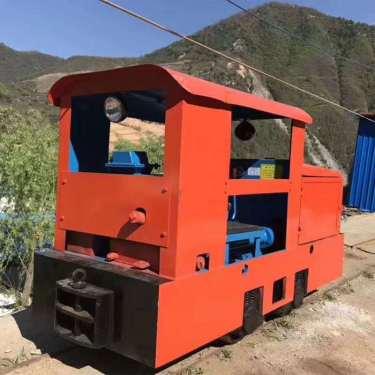 宜迅矿用防爆型柴油机车