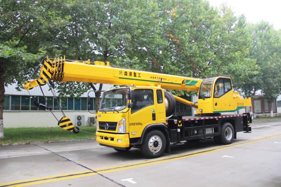 森源重工国六新款10吨汽车起重机