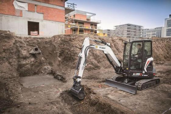 山猫E35z挖掘机