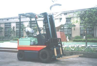 力尔美CPDB0.5-5吨防爆蓄电池叉车