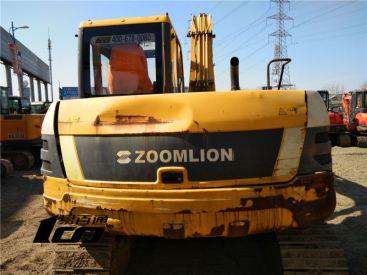 北京20万元出售8成新中联重科二手ZE85E挖掘机